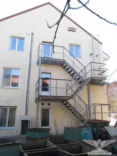 Фото 2. Фасад здания в осях 4_А-Г